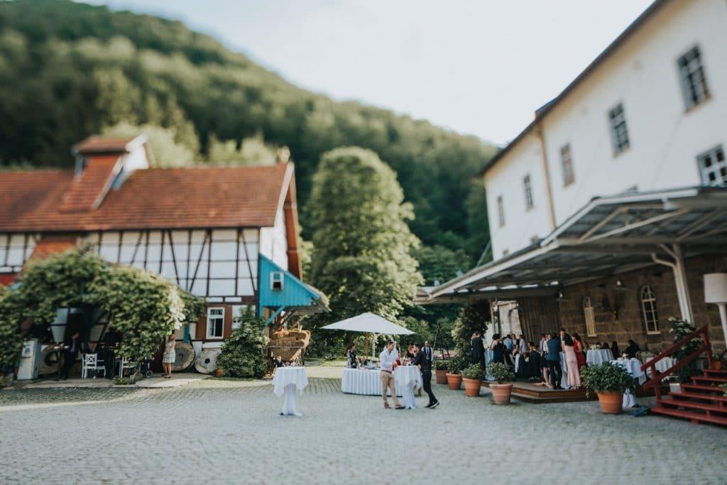 Hochzeit_Kuenkele_Muehle_Innenhof
