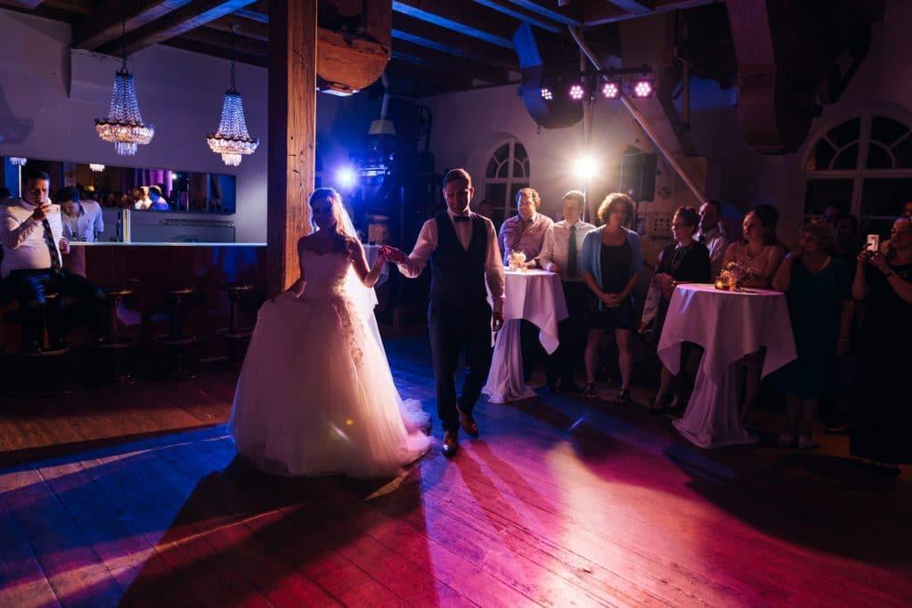 Hochzeit_Kuenkele_Muehle_Tanz