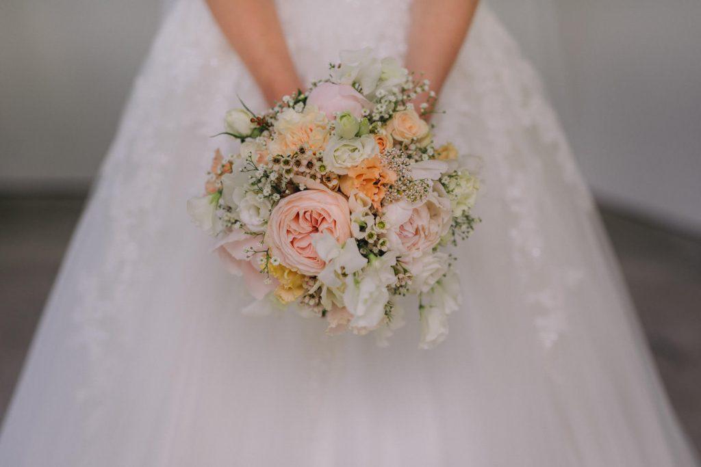 Hochzeit_Kuenkele_Muehle_Brautstrauss