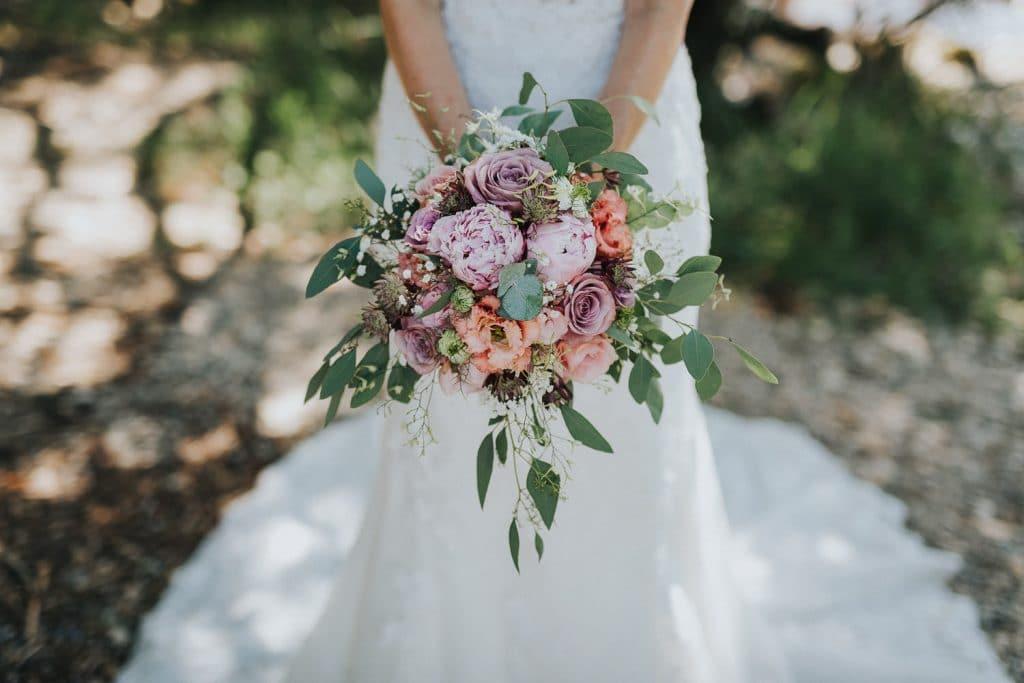 Hochzeitsfotograf Bodensee Fotoshooting Brautstrauss