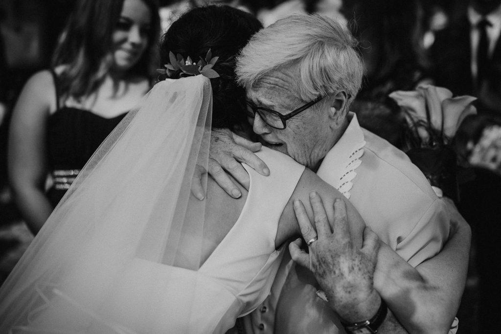 Hochzeitsfotograf Bodensee Konstanz Oma gratuliert Emotionen