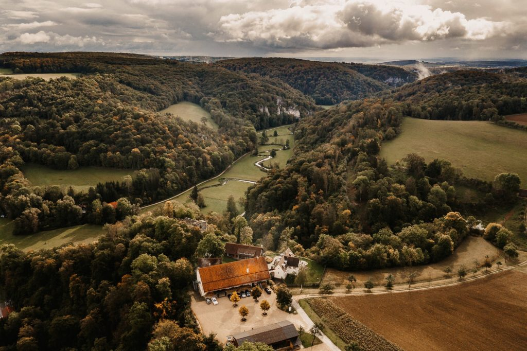 Hofgut Maisenburg Hochzeit von oben