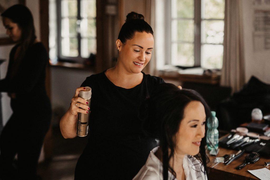 Hochzeitsfotograf Maisenburg Make-Up Haare