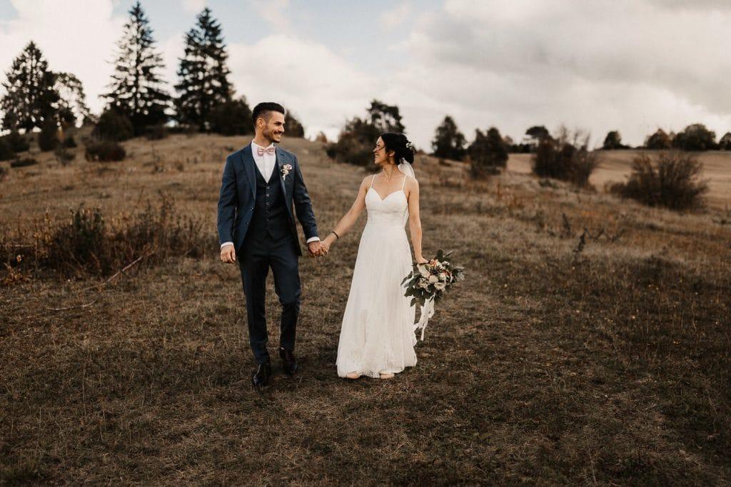 Hochzeitspaar Hochzeit Maisenburg laufend